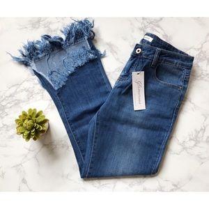 NWT glamorous frayed jeans